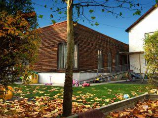 Foto von Garten und Haus